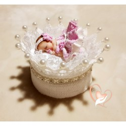 Hand-crocheted cotton candy crown - at the heart of the arts